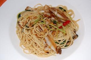 牡蠣と帆立貝と葱のスパゲティ