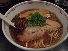 麺や Bar 渦(藤沢)1