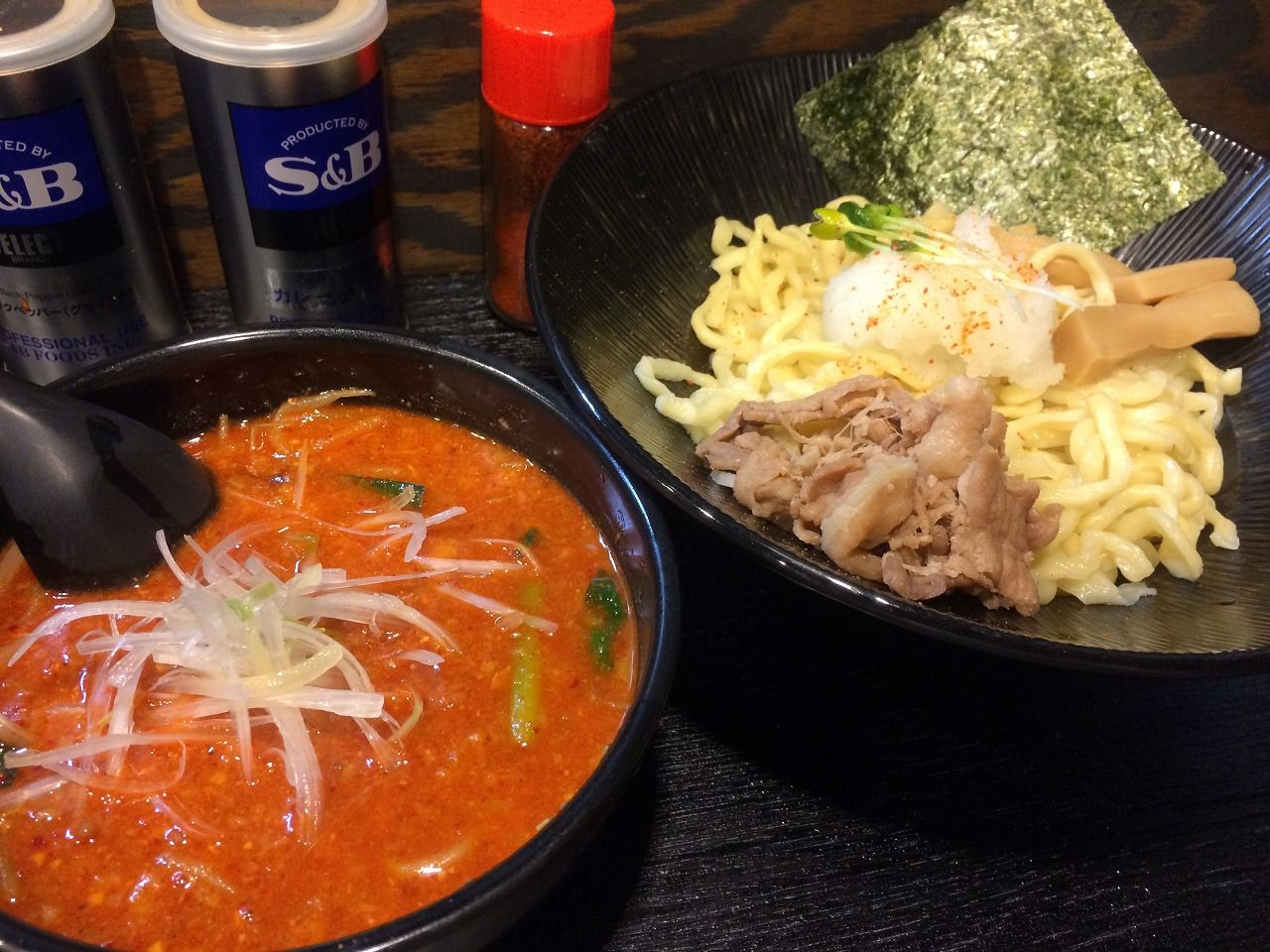 麺処くるり(神保町)
