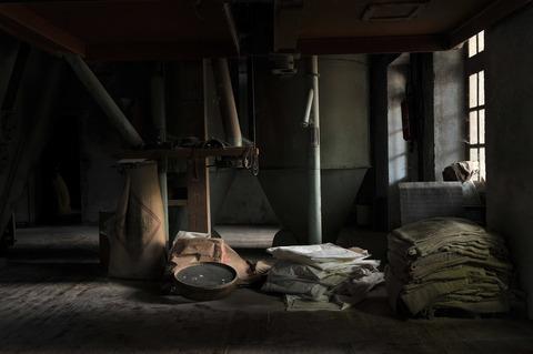abandoned-1835907_1920