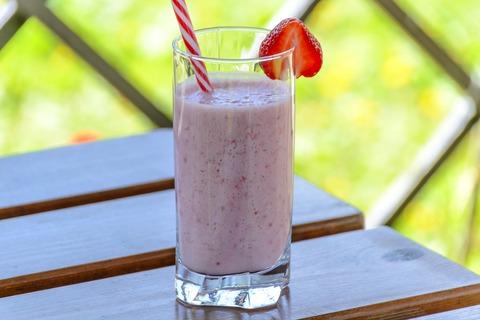strawberry-drink-1411374_1920