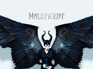 maleficent_wall02_1600x1200