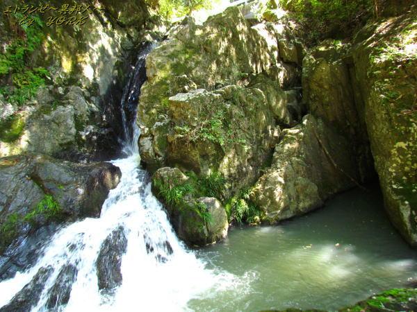1609仏渕の滝と穴151003.jpg