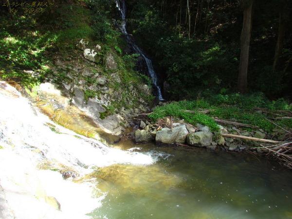 1542宇滝と脇滝151003.jpg