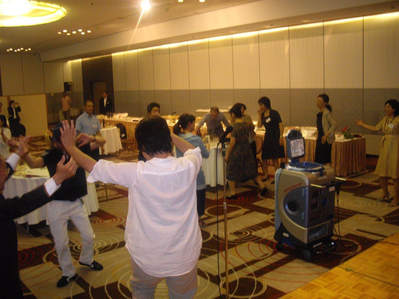 【クントゥグンジュ】踊り2