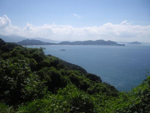 『九州いろり塾』(福岡)坂上から見える風景