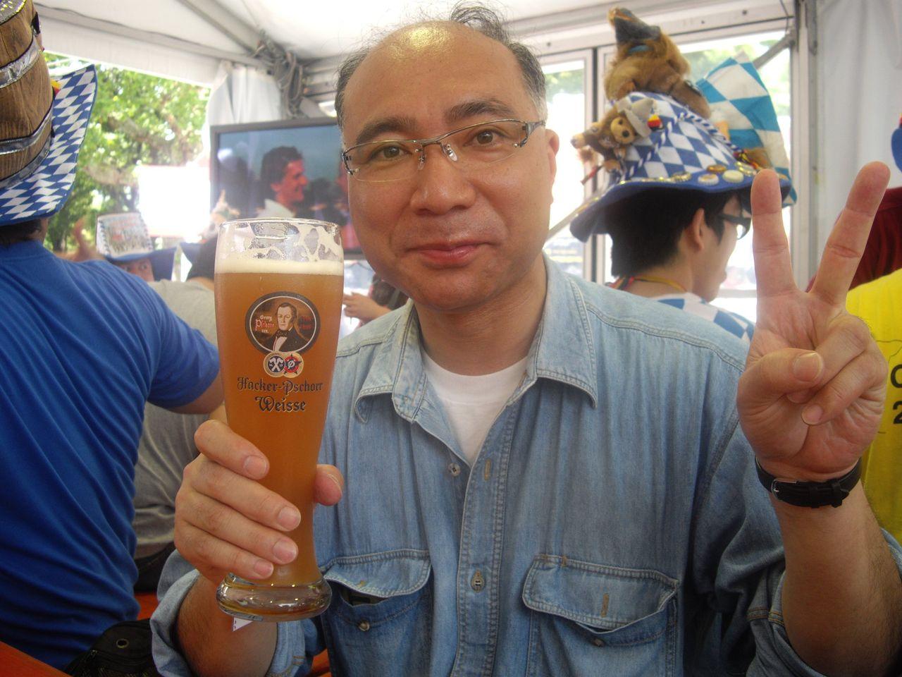 『日比谷オクトーバーフェスト2011』飲んでいる私