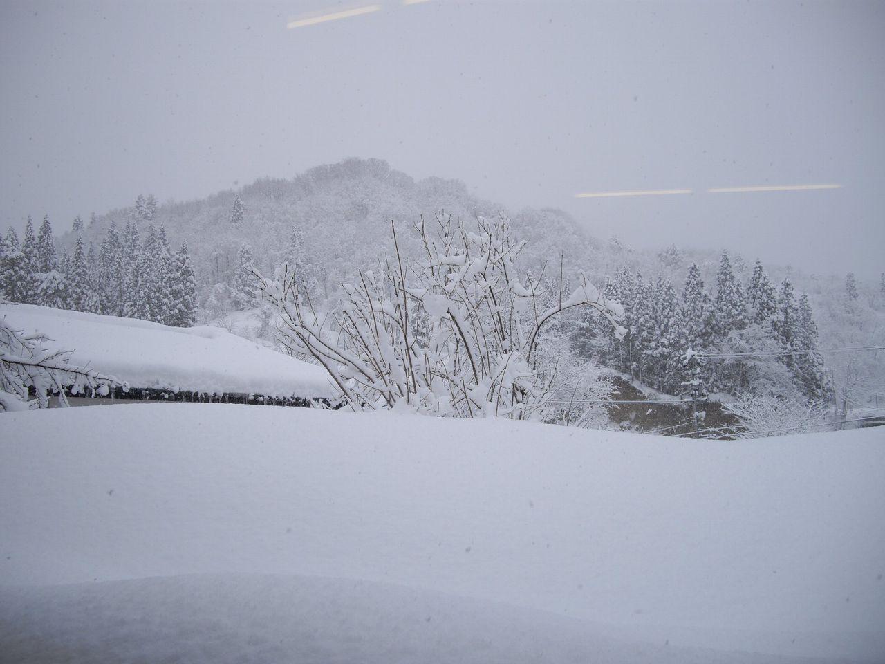 雪に覆われた嵐渓荘1