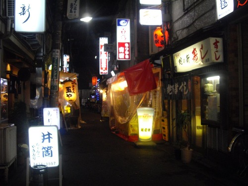 『趣味人倶楽部』オフ会(夜の新橋の風景)