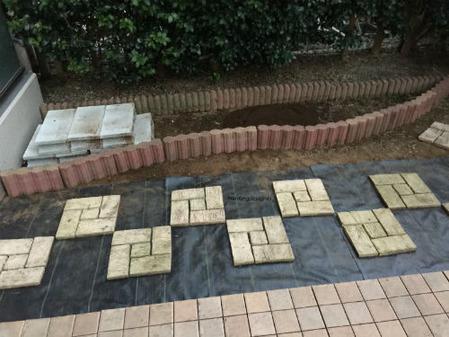 花壇整地とデザイン変更