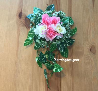 100円ショップの造花ハンギング:ピンク