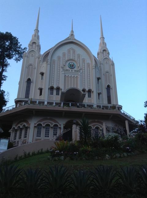 バギオ 教会 2013-04