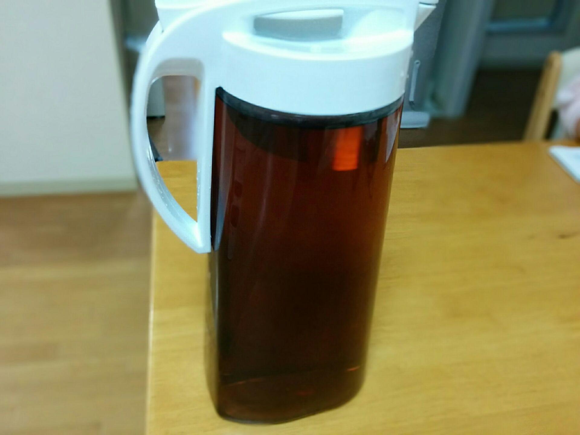 煮出した麦茶入れに使っていました。 過去記事《今さらだけど冷水筒買い替え》