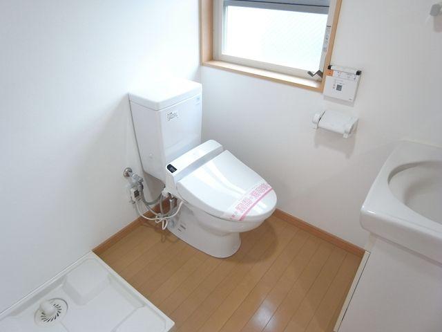 イーヴス201号室洗面所