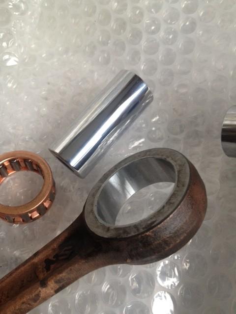 車種 スズキ 内燃機部品、スズキ L50 クランクピン<br> 及びコンロッドの内径を硬質クロームメッキで<br> 肉盛りスタンダードサイズに戻す