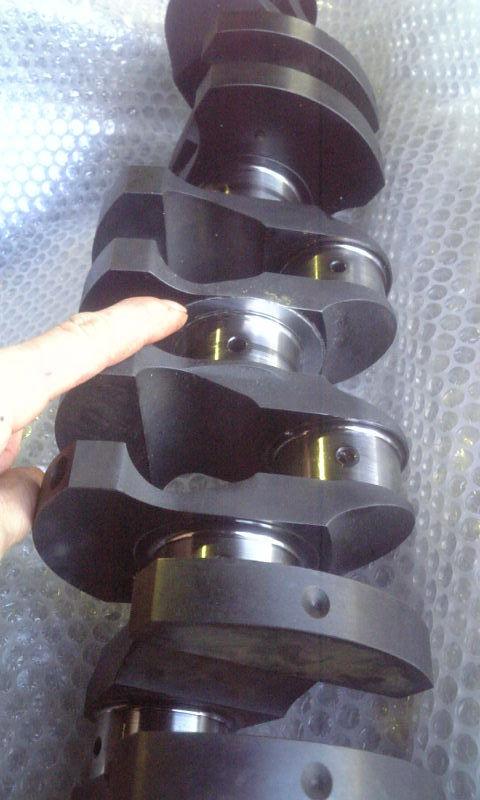 クランクシャフトのスラスト部位を<br> 硬質クロームメッキで肉盛り修復施工