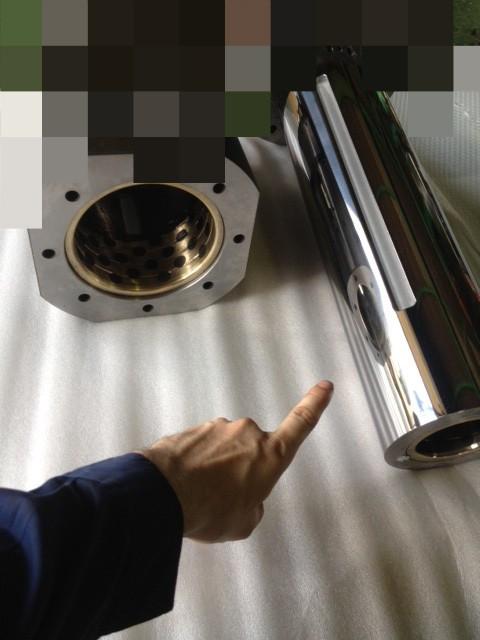 シャフトのФ130部を0,03mm研磨し<br> Ф129,97mmに仕上げました