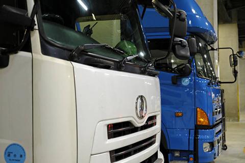 7長距離トラック 誰が荷物を運ぶの20161223000