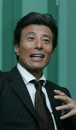 俳優の館ひろしさんが中央道で事故