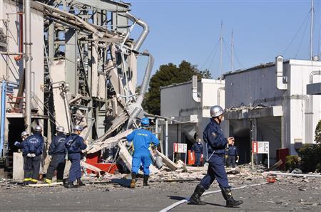 カミカゼニュース : 工場の高圧...