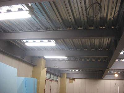 倉庫照明1