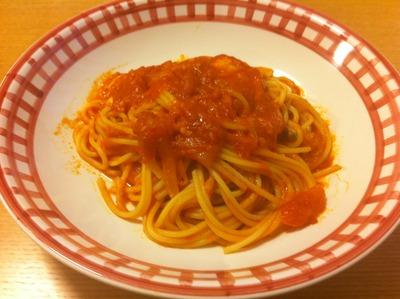 トマトソース パスタ