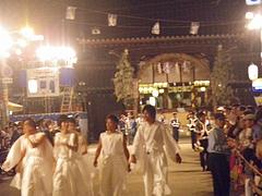 2010天神祭り25日 20:30大阪天満宮前