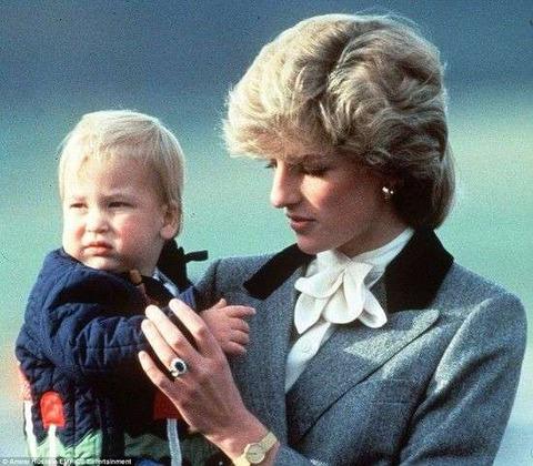 シャーロット王女とジョージ王子9