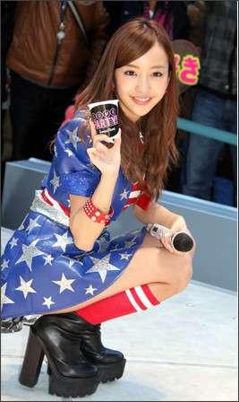 板野友美4