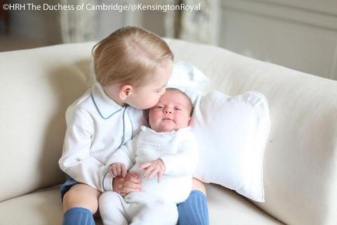 シャーロット王女とジョージ王子4