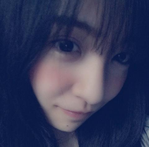板野友美2