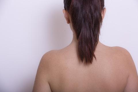 背中のムダ毛