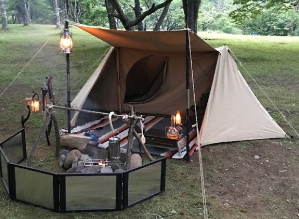 パップテントを自作するよりゲートキャンプフリークスのイデアの方がいい!純国産で5万円台で購入できる!詳しくブログで紹介。 : Kutikomi