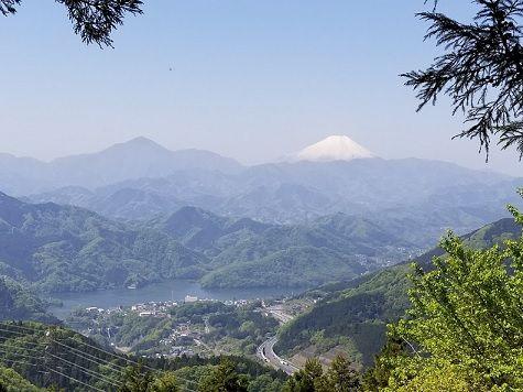 富士山と相模湖