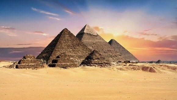 ギザの大ピラミッドと光速度の数値が完全一致しただと!?古代エジプトの謎と不思議