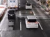 【動画】 踏み切りは無くなったのに、そこを通る車がww 投稿動画が反響