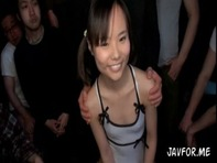 【肉便器JS】小学生幼女にしか見えないパイパン加賀美シュナちゃんがキモーい親父達の従順なJS肉便器中出し性処理ペットにww
