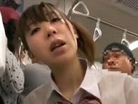 【媚薬レイプ】媚薬で欲情させられた制服JCたちが満員電車内でノーパンレイプとかww
