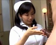 【淫乱看護婦さん】デカチンコにむしゃぶりついてくる看護婦さんが淫乱すぎるので立ちバックで中出しご褒美っスww