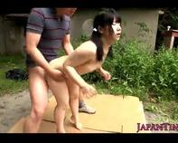 【JS輪姦】JS幼女にしか見えないツインテールの幼児体型ロリっ娘をおじさん達が野外で野獣のようにズコバコ3P輪姦レイプww