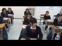 【スマホ盗撮】学校で撮られた日常の女子高生たちはスマホでロリパンチラ盗撮三昧だったww