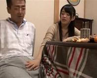 【JS近親相姦】仲の良すぎる父娘のJSロリ木村つなちゃんがギンギン肉棒シャブってパパのオチンチン美味しい・・ンゴw