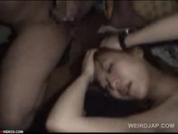 【キメセク輪姦】拉致監禁されたキャバ嬢に薬を使ってキメセク輪姦レイプwしかもハメ撮り撮影とかww