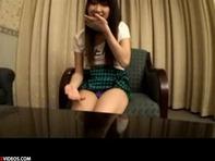 【ハメ撮り】アイドル級にカワイイ顔して部屋に入るなり自ら即フェラでゴックンしちゃうヤリマン娘がエロすぐるwwうはぁww