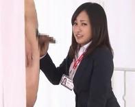 【スーツOL手コキ】パツパツリクルートスーツ前田敦子似OLさんがセンズリの初お手伝いでぶっかけられるww