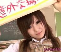 【美少女女子高生】巨乳女子高生あいりみくちゃんからセックスしてと告られw教室でベロチューセックスww