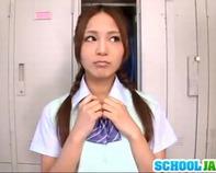 【百田ゆきな】野球部女子マネージャーのヤリマン女子高生百田ゆきなちゃんが部室で串刺し3Pデカチンコで突かれ潮吹き絶頂ですww