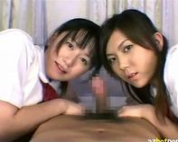 【M男ハーレム】痴女女子高生二人にちんぐり返しにされてアナル舐め同時フェラ手コキ逆3Pがハーレム過ぎてクッソヤバイww