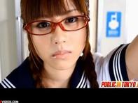 【女子高生レイプ】メガネが可愛い生徒会長の女子高生瑠川リナちゃんが痴漢だらけの車両で輪姦レイプww