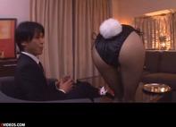【性接待ギャル】スタイル抜群の網タイツがエロいバニーちゃんギャルが性接待で69顔面騎乗位手コキ抜きww